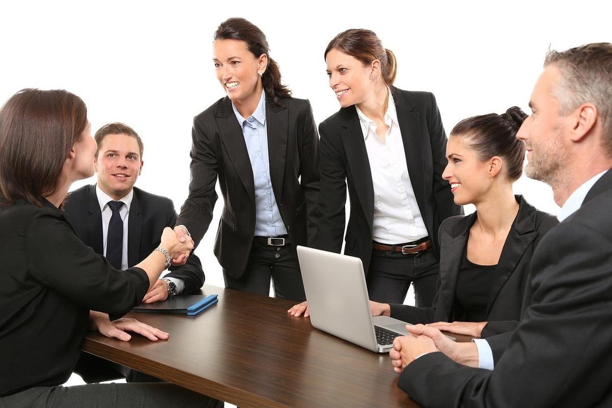 ¿Qué es el comercio electrónico B2E?