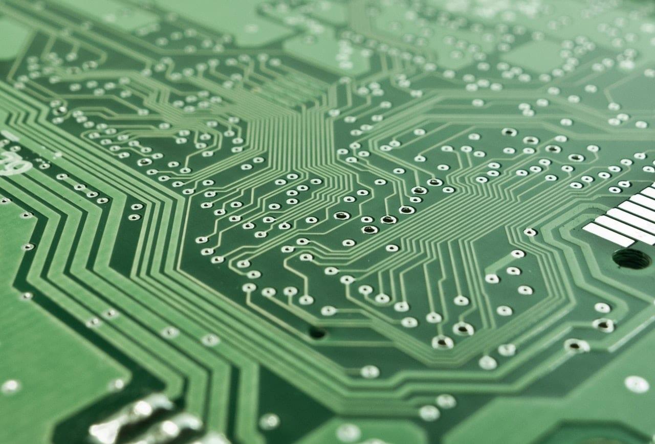 ¿Por qué invertir en tecnología?